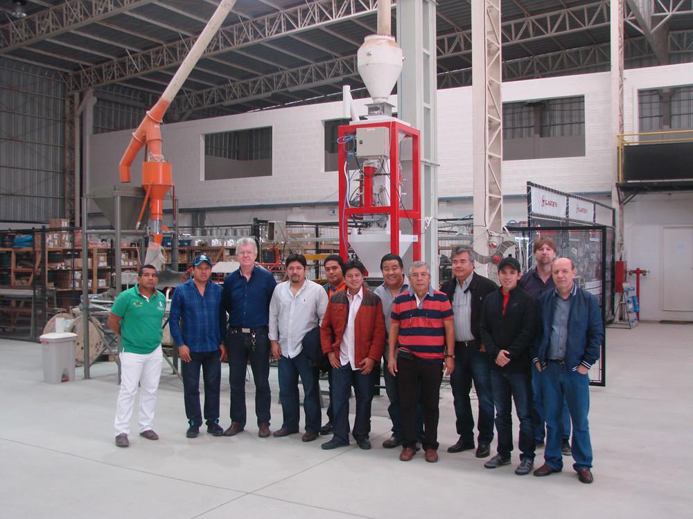 Garten recebe comitiva da indústria arrozeira Equatoriana